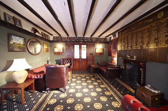 Horsley Lodge: lounge area