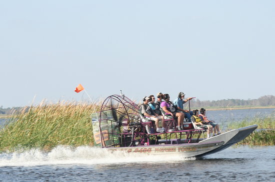 ‪Alligator Cove Airboat Nature Tours‬