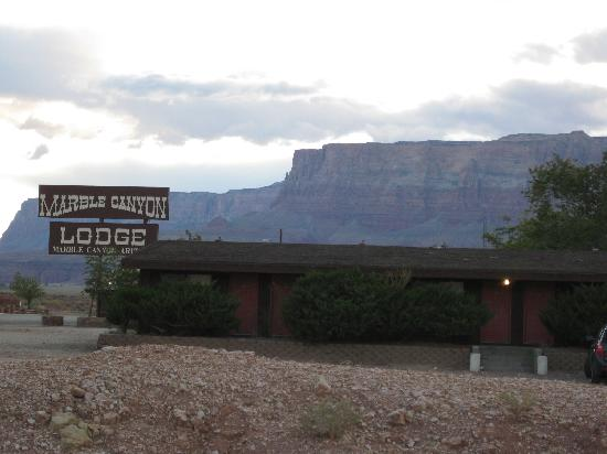 Marble Canyon Lodge: Motel Sign
