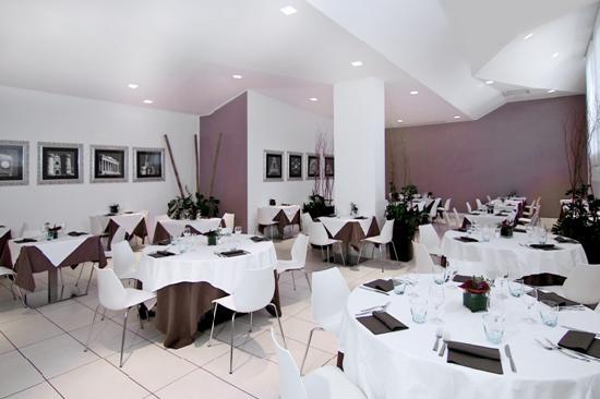 Euro hotel residence bewertungen fotos preisvergleich for Restaurant italien 95