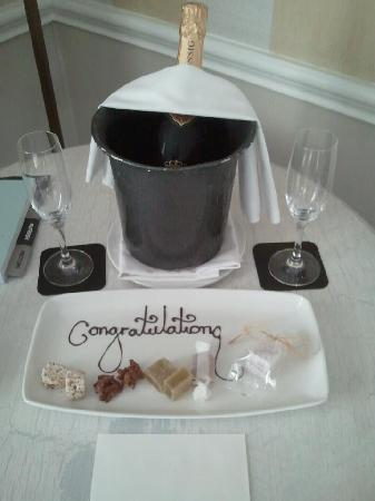 Cape Grace: The welcome surprise in our room