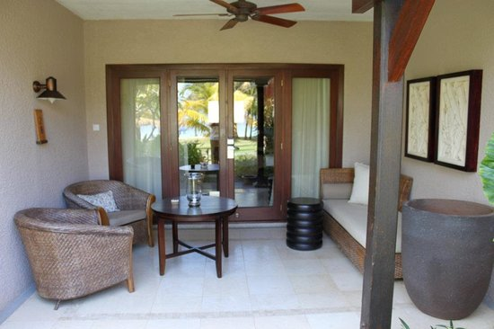 LUX Le Morne: Entrance to our room