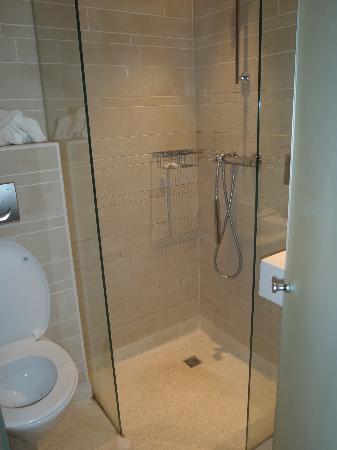 NL Hotel District Leidseplein: bagno spazioso!