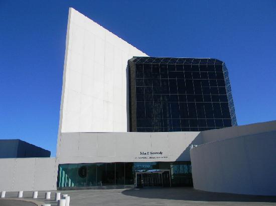 John F. Kennedy Presidential Museum & Library: JFK Museum & Librairy