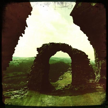 Лланголлен, UK: At Dinas Bran