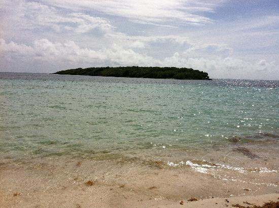 Blue Beach: Isla Chiva