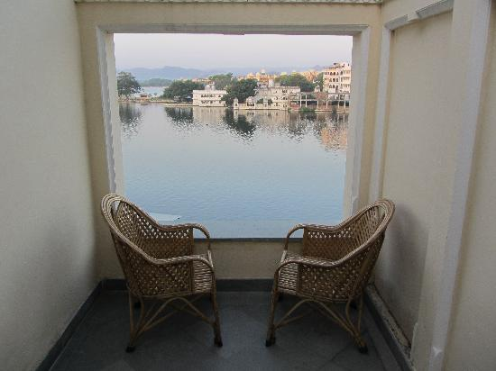 Hotel Aashiya Haveli: View from 2nd floor