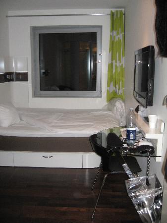 เวคอัพ โคเปนเฮเก้น โฮเต็ล: typical room