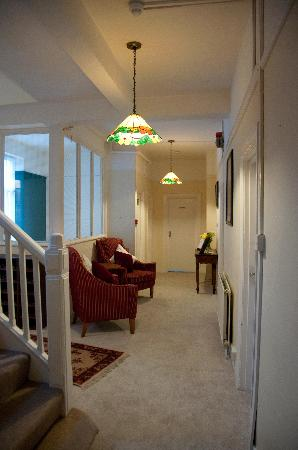 The Wellington Bed & Breakfast: Lobby