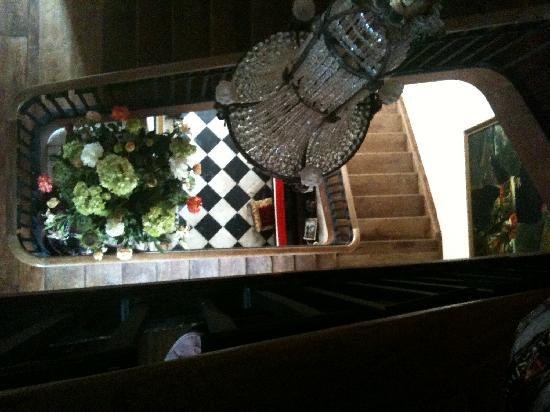 Chateau de Lamothe : Staircase