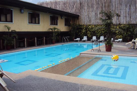 Piscine Picture Of The Mabuhay Manor Pasay Tripadvisor