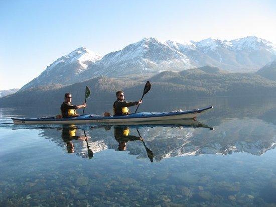 Cuadrante Sur Kayak Bariloche: espejo