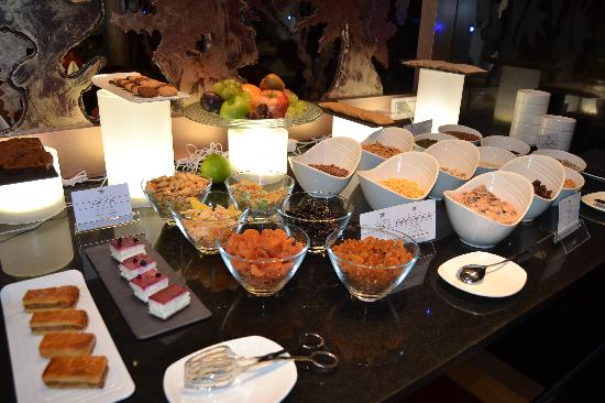 IBEROSTAR Grand Hotel Budapest: healthy breakfast selection