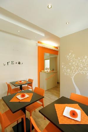 Honey Rooms : sala colazione