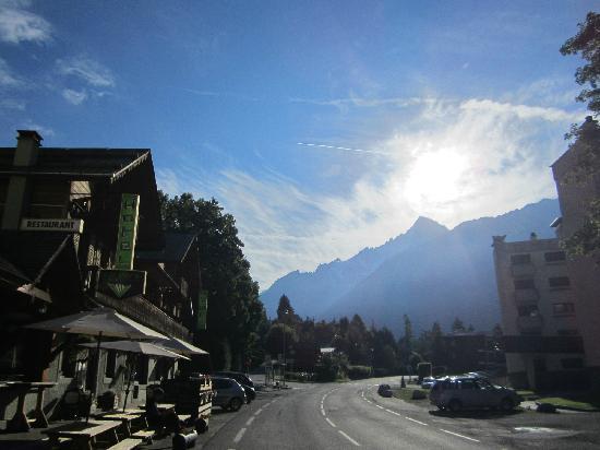 Le Vert Hotel: morning stroll
