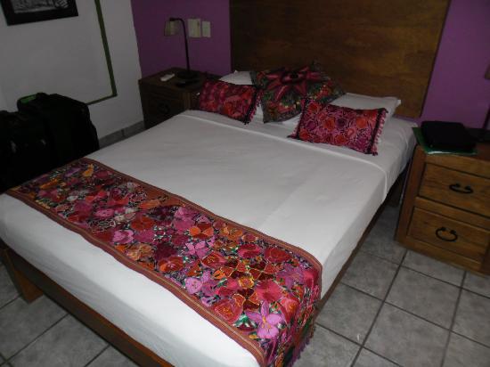 Catedral Vallarta Boutique Hotel: Room Bed