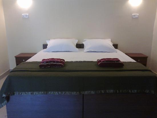 Dropadi Inn: Double Bedroom