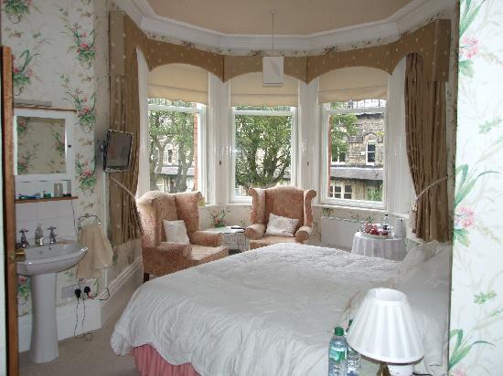 April House bedroom
