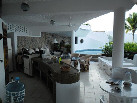 Ocho Cascadas: Kitchen view