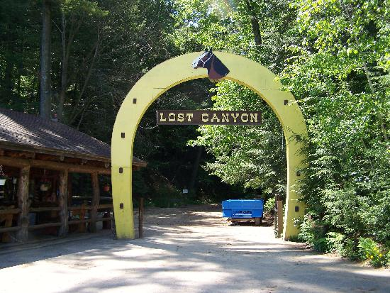 Lost Canyon tours in Wisconsin Dells