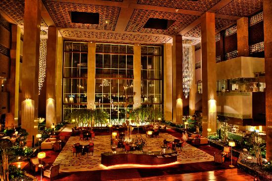 Grand Hyatt Doha: Lobby area