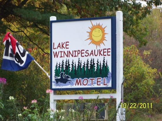 ‪ليك وينيبيساوكي موتل: Lake Winnipesaukee Motel‬