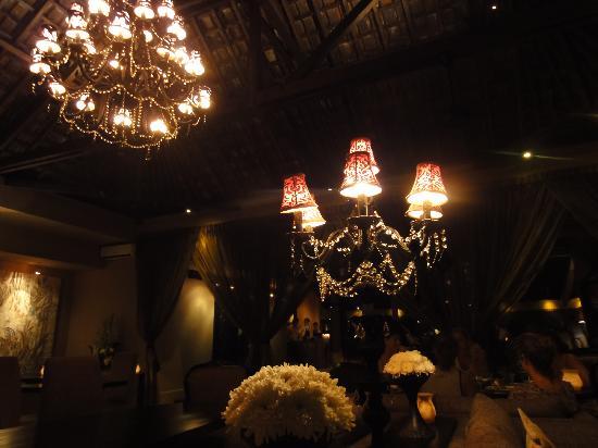 Sarong Restaurant: restaurant