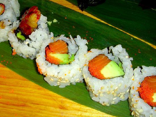 Alaska Roll - Salmon/Avocado - Picture of Sakura Japanese ...