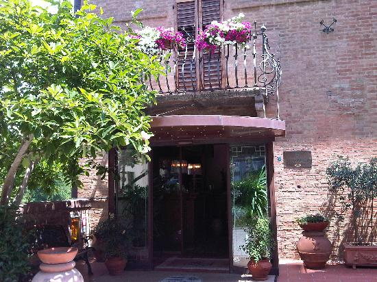 Hotel Arcobaleno: Entrance Arcobaleno