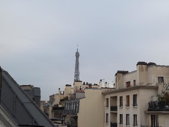 พลาซ่าทัวร์ ไอเฟล: View from our room