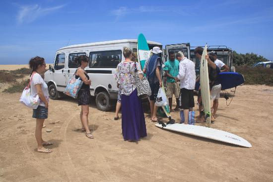 Devils Rock Surf Camp : Trip to another surfspot
