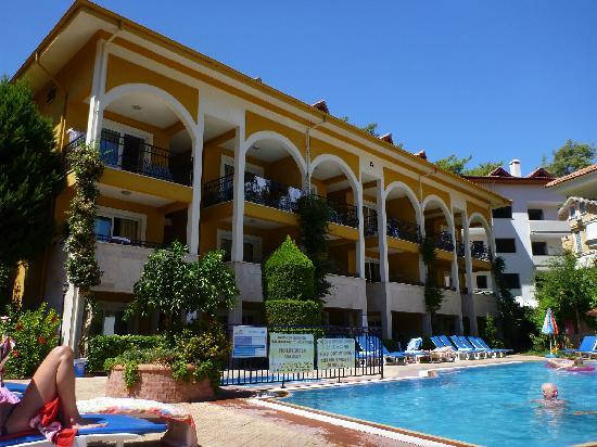 Eden Garden Apartments: 9