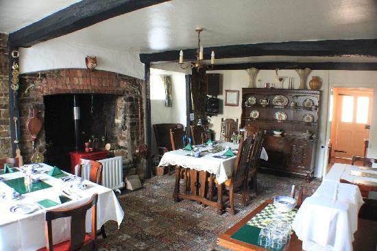 Alscott Barton: Dining area