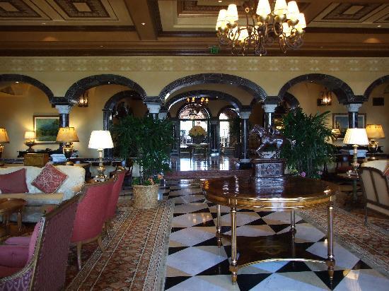 Fairmont Grand Del Mar: Gorgeous lobby