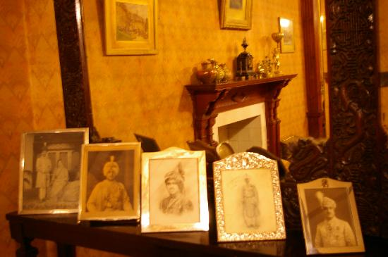 Chapslee: The Princely Order in the Drawing Room