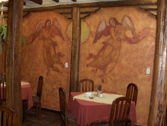 Hotel Sierra Madre: dining room