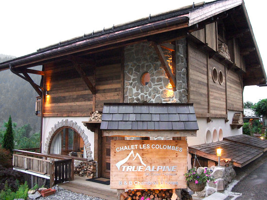 True Alpine : Exterior photo of chalet
