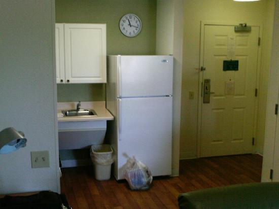 Extended Stay America - Corpus Christi - Staples : Kitchen