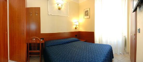 Arco Romano Rooms: CAMERA DOPPIA