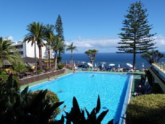 2c2a5ab11d92f ... piscina agua del mar. Hotel Best Semiramis  Semiramis Pool and Pool Bar