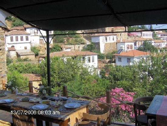 Terrace Houses Sirince: Breakfast