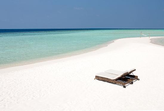 Constance Moofushi Resort, Maldives - Beach View