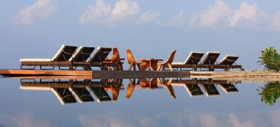 คอนสแตนซ์ มูฟูชิ รีสอร์ท-ออล อินคลูซีฟ: Constance Moofushi Resort, Maldives - General View