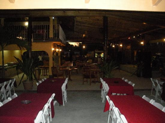 Downstairs Dining area - Picture of Seastar Inn, Negril