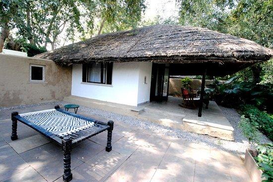 Khem Villas: Cottage - side view