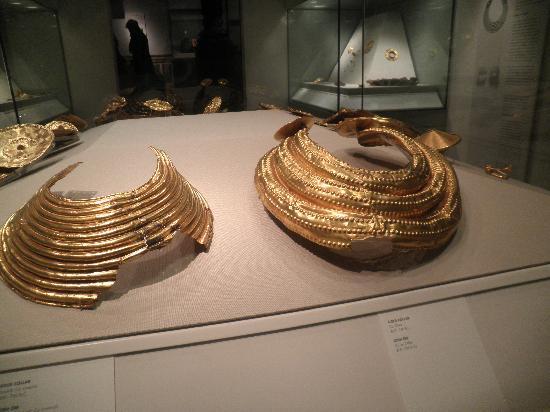 Museo Nacional de Arqueología de Irlanda: Gold from prehistoric times.