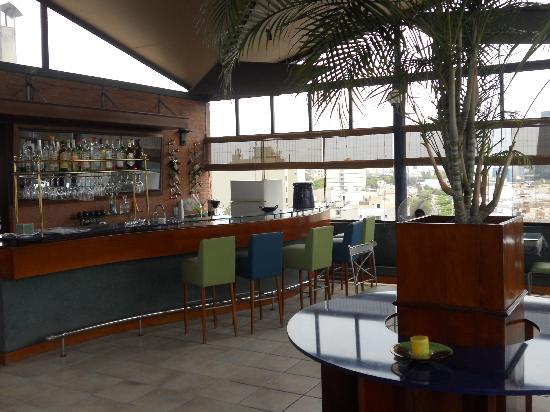 Daniel's Apart Hotel: Restaurant