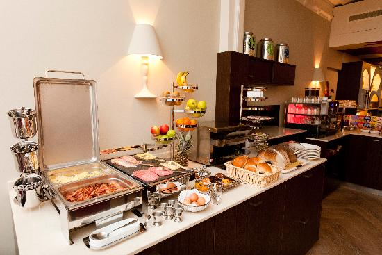 Hotel van Walsum: Breakfast buffet