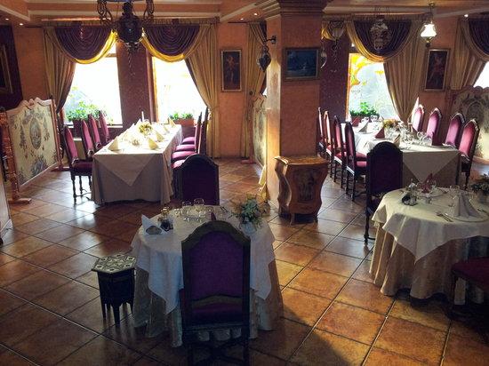 Ambassador Hotel - UPDATED 2017 Prices & Reviews (Timisoara ...