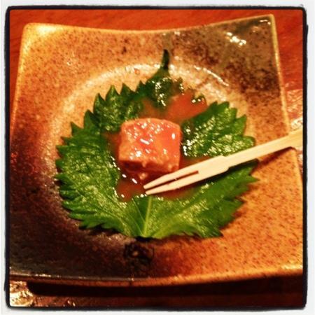 Yoshizaki Shokudo Kumoji Main Branch : 金武の鍾乳洞で作られる豆富よう!昔は食べれなかったが、これはマジで旨い!